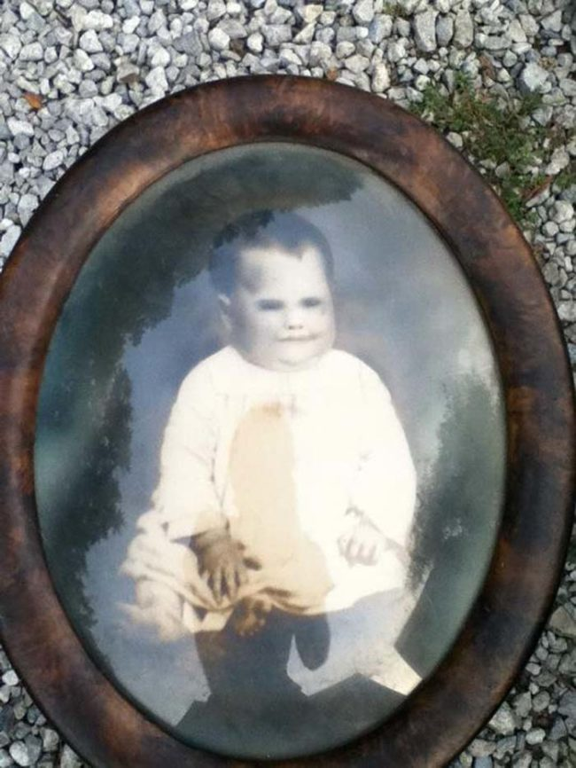 One guy found this insanely creepy vintage baby photo in his attic. No idea where it came from...