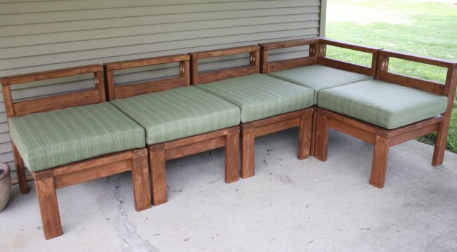 "Make a sturdy yet stylish <a target=""_blank"" href=""http://www.morelikehome.net/2011/06/our-new-outdoor-sectional.html"">outdoor sectional</a> for maximum summer enjoyment."