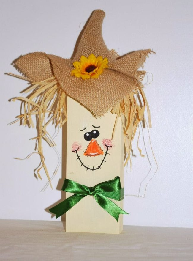 "Make some adorable <a target=""_blank"" href=""http://mamascraftyplace.blogspot.com/2012/09/2x4-scarecrow.html"">seasonal decorations</a>."
