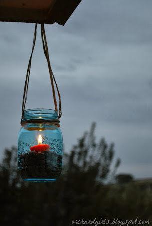 "When the sun goes away, your party can still slay with these <a href=""http://orchardgirls.blogspot.ca/2013/10/thrifty-thursday-mason-jar-lanterns-w.html"" target=""_blank"">mason jar lanterns</a>."