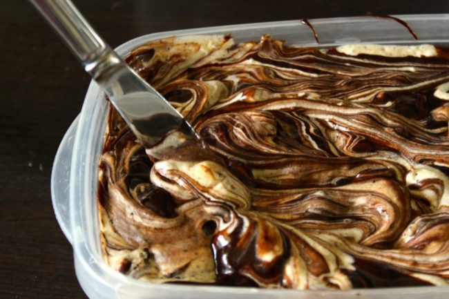 """Peanut butter, Oreos, and fudge -- what more could you want out of <a href=""""http://spoonuniversity.com/2014/07/easiest-no-churn-ice-cream/"""" target=""""_blank"""">ice cream</a>?<a href=""""http://spoonuniversity.com/2014/07/easiest-no-churn-ice-cream/"""" target=""""_blank""""></a>"""