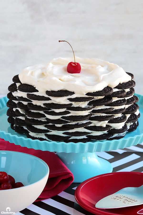 """This <a href=""""http://cleobuttera.com/cakes/no-bake-oreo-cake/"""" target=""""_blank"""">no-bake Oreo cake</a> really layers on the deliciousness."""