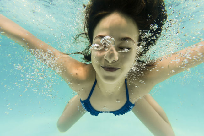 "If you <a target=""_blank"" href=""http://www.encyclopedia.com/topic/hyperventilation.aspx"">hyperventilate</a> instead of taking one deep breath before you jump into water, it will help you hold your breath longer."