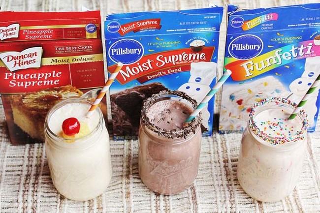 "You can make <a href=""http://abeautifulmess.typepad.com/my_weblog/2012/02/3-cake-batter-milkshake-recipes-.html"" target=""_blank"">these milkshakes</a> with whatever cake batter your heart desires."