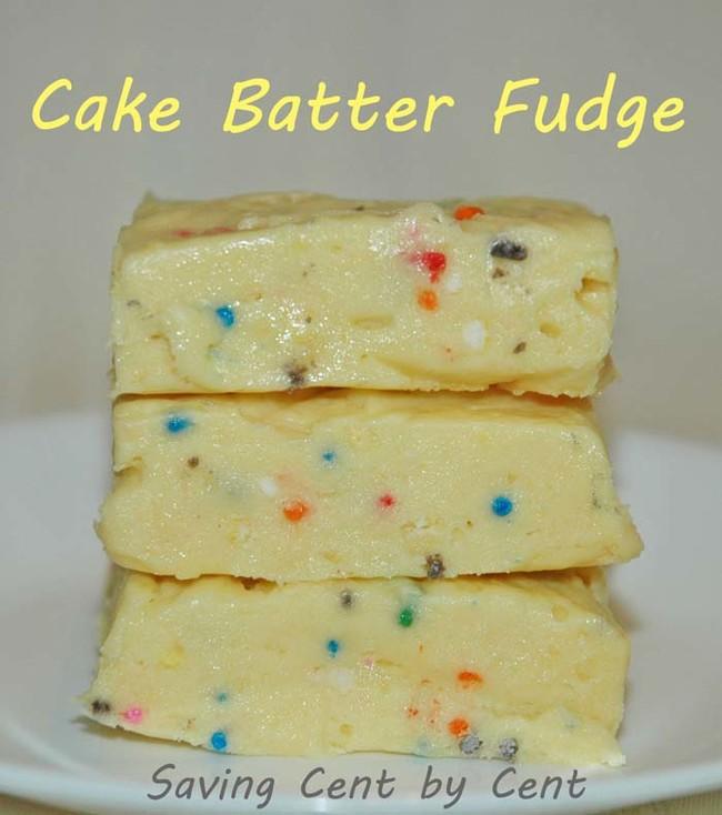 "This <a href=""http://savingcentbycent.com/2013/09/06/cake-batter-fudge/"" target=""_blank"">simple cake batter fudge recipe</a> requires no baking."