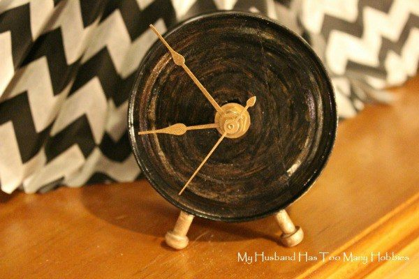 """Transform an empty tin can into a working <a href=""""http://myhusbandhastoomanyhobbies.com/2015/08/make-time-for-upcycle.html#.VgmKn2RVhBd"""" target=""""_blank"""">clock</a>."""