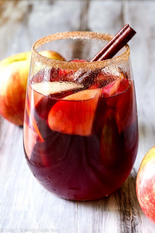 """This <a target=""""_blank"""" href=""""http://sallysbakingaddiction.com/2014/10/22/honeycrisp-apple-sangria/"""">honeycrisp apple sangria</a> is the only cocktail you'll want this fall."""