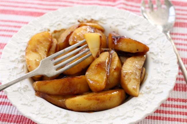 "If you want to sneak cinnamon onto the dinner table, try pairing these <a href=""http://butterwithasideofbread.com/2015/10/skillet-cinnamon-apples/"" target=""_blank"">skillet cinnamon apples</a> with pork or baked turkey."