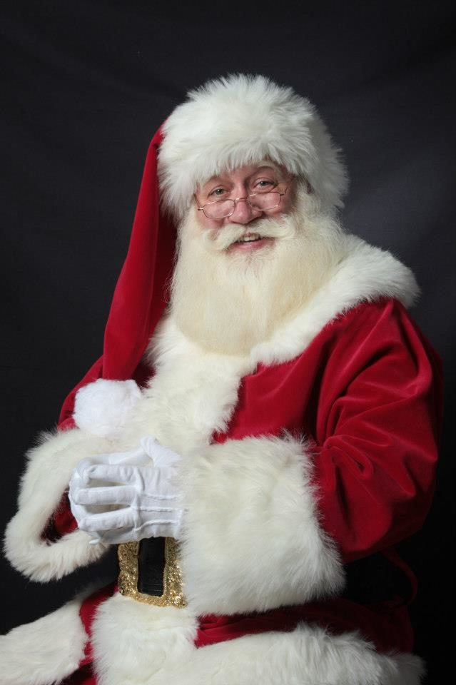 When Schmitt-Matzen got home from his day job as a mechanical engineer one day, he received a call from a nurse at the hospital saying a very sick five-year-old boy wanted to see Santa.