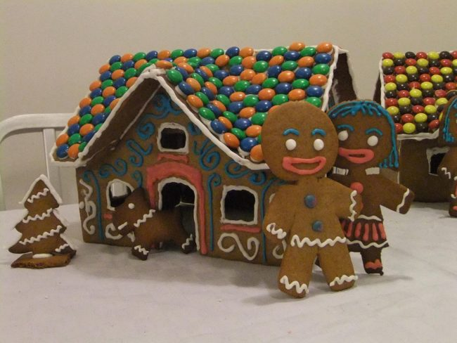 "These baked goods eventually took the form of houses sometime during the <a href=""http://www.pbs.org/food/the-history-kitchen/history-gingerbread/"" target=""_blank"">16th century</a> in Germany."